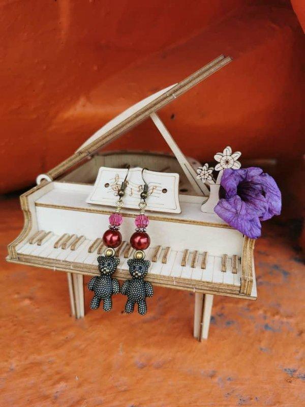 earrings with Swarovski teddy bears.