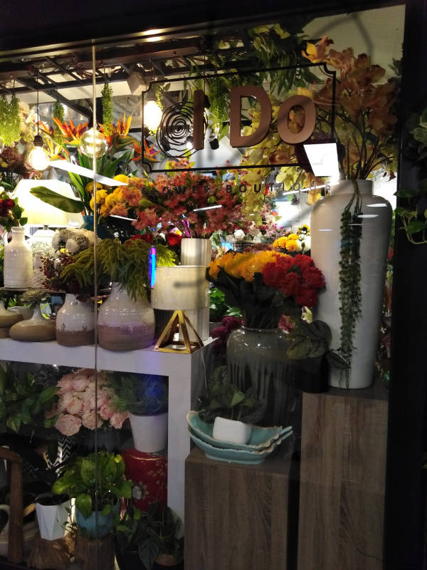 Front view of the florist's I visited: I Do Flower Boutique.
