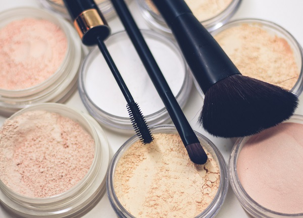 Face powder for oily or combination skin