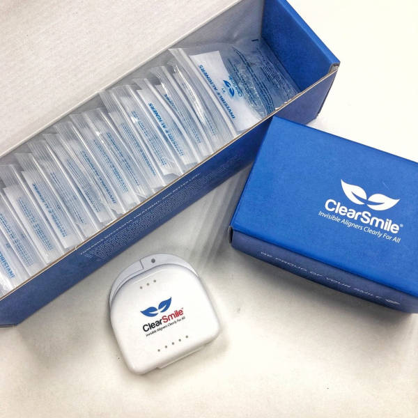 Clearsmile aligner kit.