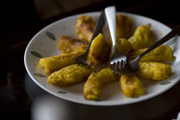 Pisang goreng on a plate serving the nostalgic flavours that we all seek