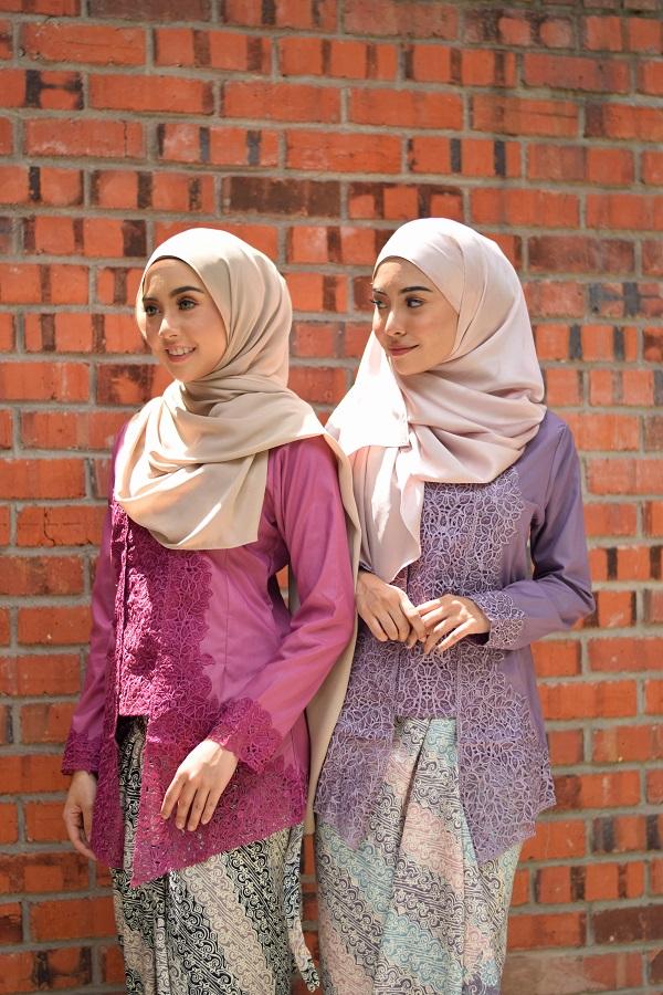 Two beautiful ladies wearing Kutubaru.