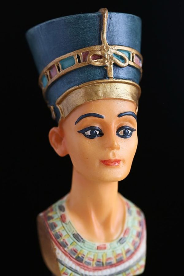 The bust of ancient Egyptian Queen Nefertiti