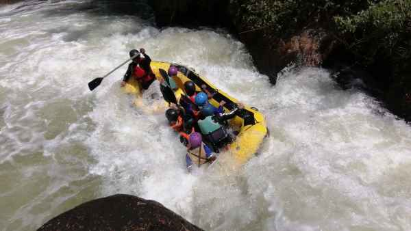 The thrilling nature of river rafting at the Kuala Kubu Bharu river
