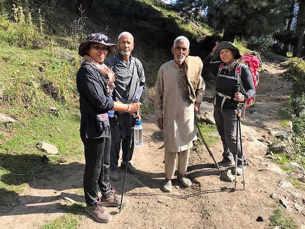 With Gujjari shepherds on the way to Lidderwat.