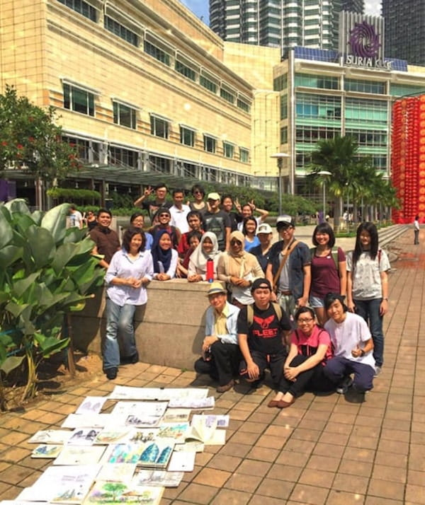 A photo of one of the sketching activity she attended with Kuala Lumpur Urban Sketchers.