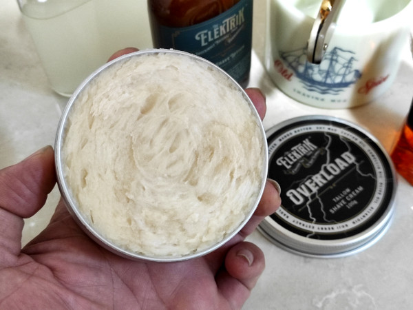 Close up image of the opened tub of The Elektrik Chair Overload shaving cream, showing the cream itself.