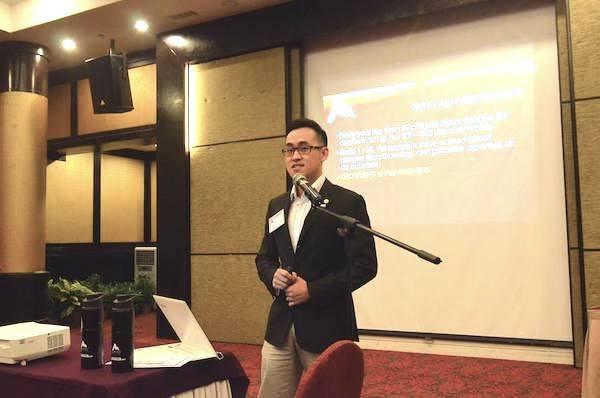 A picture of KT giving a presentation for Advanced Aquatics.