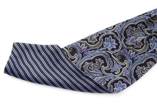 The close-up of the double-sided cravat, showing the two sides with different patterns.